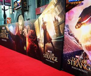 Marvel, premiere, and doctor strange image