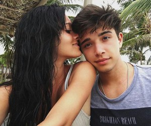 oriana sabatini, julian serrano, and couple image