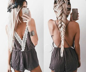 hairstyle, beauty, and dresswe reviews image