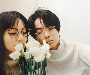 flowers, ulzzang, and 小松菜奈 image