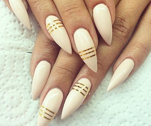 nails, gold, and nail art image