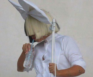 ️sia and thisisacting image