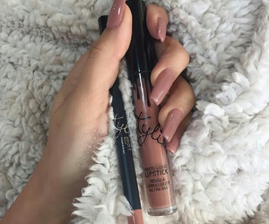 nails, makeup, and kylie jenner image