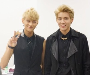 exo, yifan, and kpop image