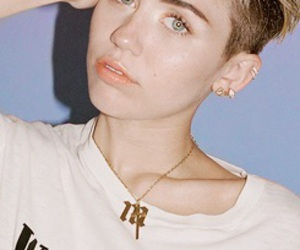 miley cyrus, bangerz, and smilers image