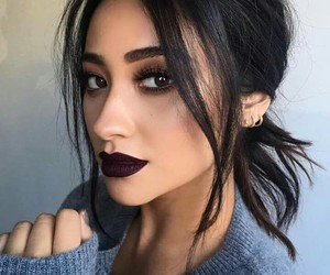 lesbian, shay mitchell, and bisex image