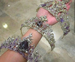 amethyst, crowns, and slay image