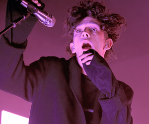 the 1975, indie, and pink image