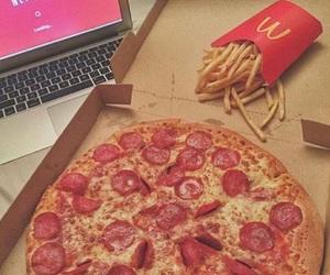 food, pizza, and netflix image