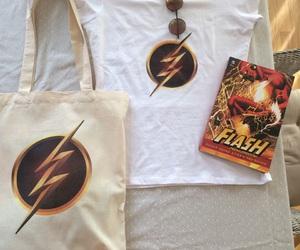 cloths, comics, and DC image
