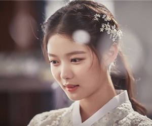kim yoo jung and love in the moonlight image