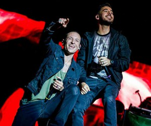 linkin park and rock in roma image