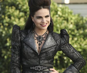 once upon a time, evil queen, and lana parrilla image
