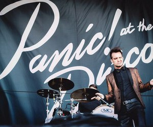 panic! at the disco, P!ATD, and brendon urie image