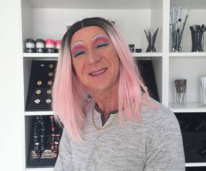 bob, pestal hair, and pink hair image