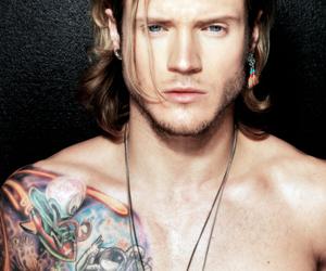 McFly, dougie poynter, and Hot image