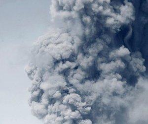 iceland, smoke, and yves de brabander image