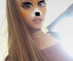 ariana grande and snapchat image