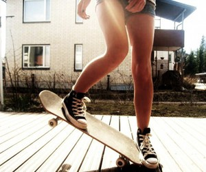 converse, sun, and girl image