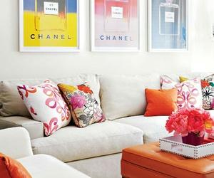 almofadas, sofa, and sala image