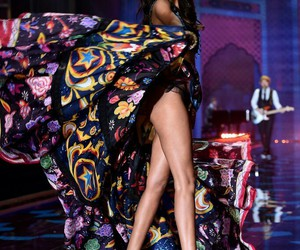 Victoria's Secret, fashion, and lais ribeiro image