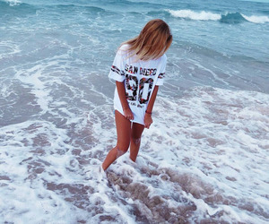 beach, girl, and shirt image