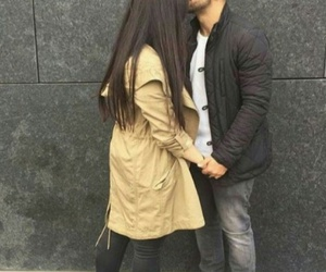 love and حُبْ image