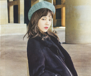 9b6c28e04211c Appreciation  Female idols wearing berets - Page 2 - Celebrity ...