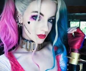 Halloween and harley quinn image