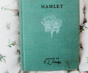 book, shakespeare, and Hamlet image