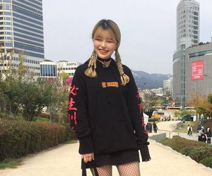 girl, korean, and ulzzang image