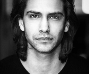 luke pasqualino, skins, and actor image