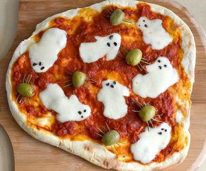 pizza, Halloween, and food image