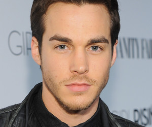 chris wood and actor image