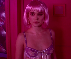 natalie portman, pink, and closer image