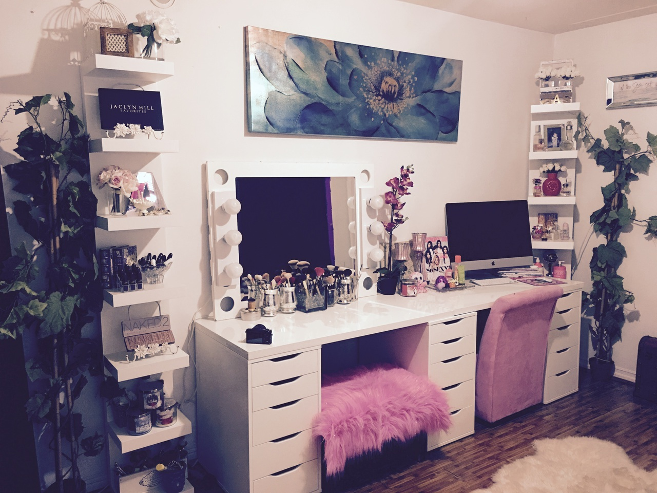 Vanity Office Space Uploaded By Paris Monroe