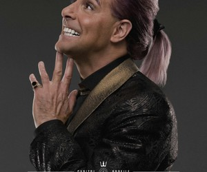caesar flickerman, catching fire, and the hunger games image