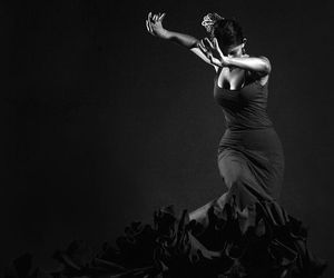 black and white, dance, and dancer image