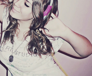 girl, music, and pretty image
