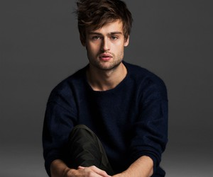 douglas booth and actor image