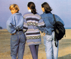 90s and fashion image