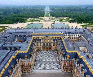 france and versailles image