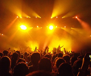 light, thekooks, and band image