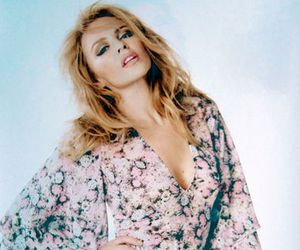 kylie minogue and singer image