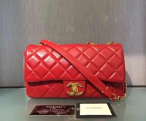 cc fashion bag and cc lambskin purse image