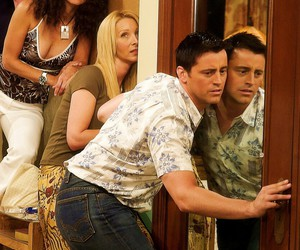 chandler bing, Courteney Cox, and F.R.I.E.N.D.S. image