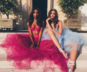 taylor hill, model, and jasmine tookes image