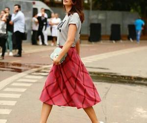 fashion week, gray, and Isabeli Fontana image
