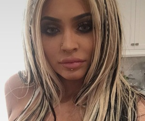 kylie jenner, Halloween, and jenner image
