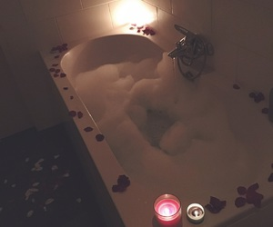 bath, bathroom, and romance image